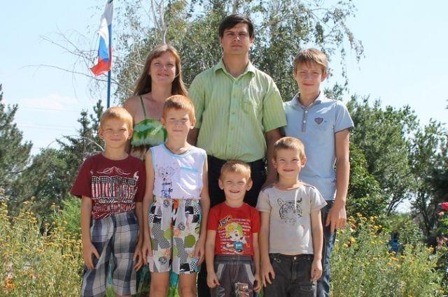 Многодетной семье Шаповаловых маткапитал помог решить квартирный вопрос.