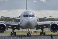 Пострадавшие пассажиры заявляют, что намерены судиться с авиакомпанией.