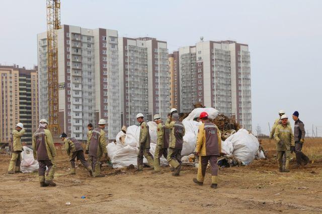 С обеих свалок было вывезено около полутора тысяч тонн мусора.