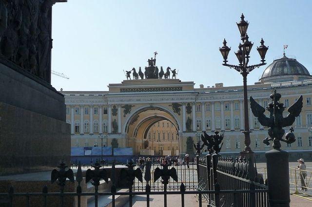 Николас Ломбертс попрощался с «Зенитом» и Петербургом в образе Петра I