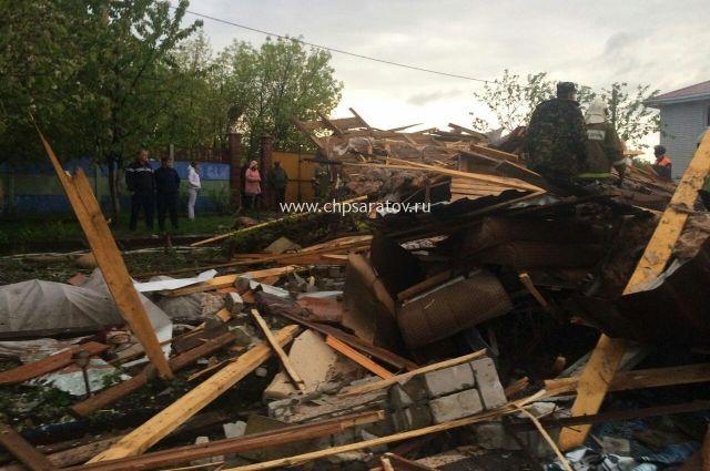 Под Саратовом взорвался дом , три человека в клинике