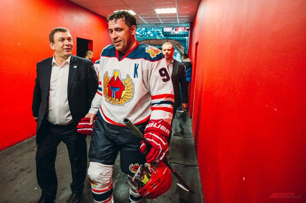 Таким губернатора Куйвашева можно увидеть только после хоккея