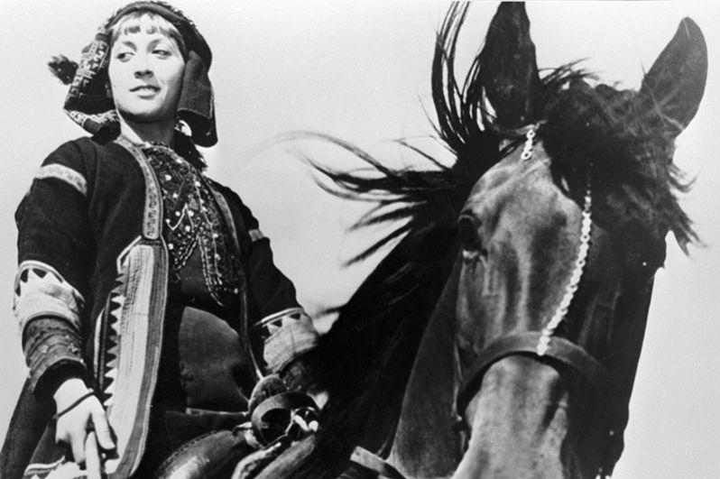 Грузинская актриса Софико Чиаурели в фильме «Хевсурская балллада». 1966 год.