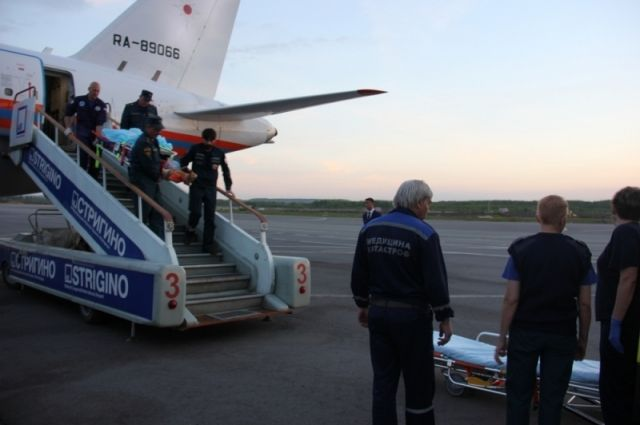 21-летний парень сожогами доставлен вНижний изГрозного спецбортом МЧС