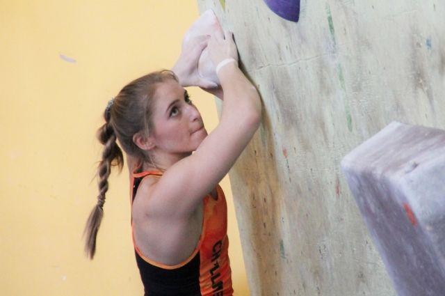 Пятеро тюменских спортсменов-скалолазов вошли в состав сборной России