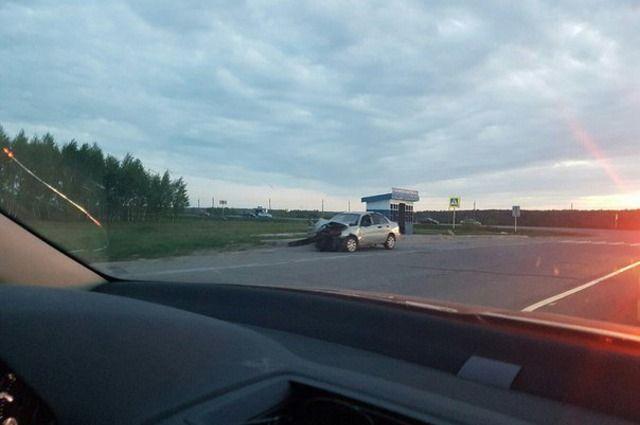 Размещено фото чудовищного ДТП под Ульяновском: столкнулись Мазда и Шевроле