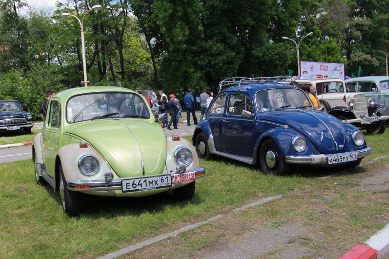 Машина «Жук Фольксваген», выпускавшийся германской компанией Volkswagen AG с 1938 года по 2003 год.