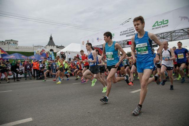 Около 10 тысяч человек из25 стран мира пробежали Казанский марафон