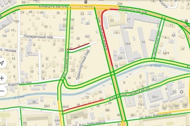На целом ряде участков в центре города с утра 22 мая - пробки 8-10 баллов.
