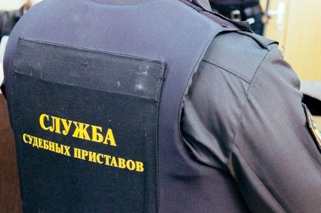 Братчанина с «Боярышником» остановил судебный пристав.
