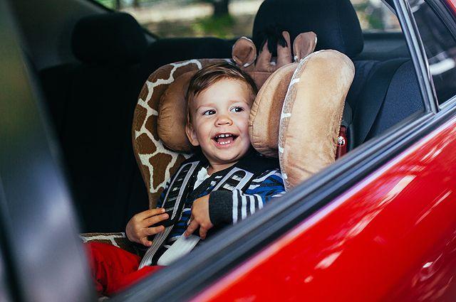 Полезные уловки. Как бороться с укачиванием ребенка в транспорте?