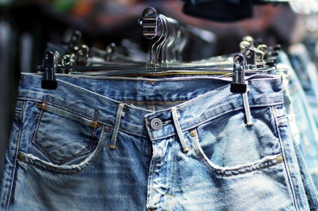 Симферополец «тайно» похитил джинсы: надел насебя семь пар ивышел