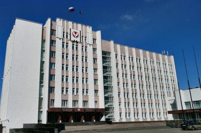 Представительство партии власти в Госсовете УР после сентябрьских выборов может составить не менее 70%.
