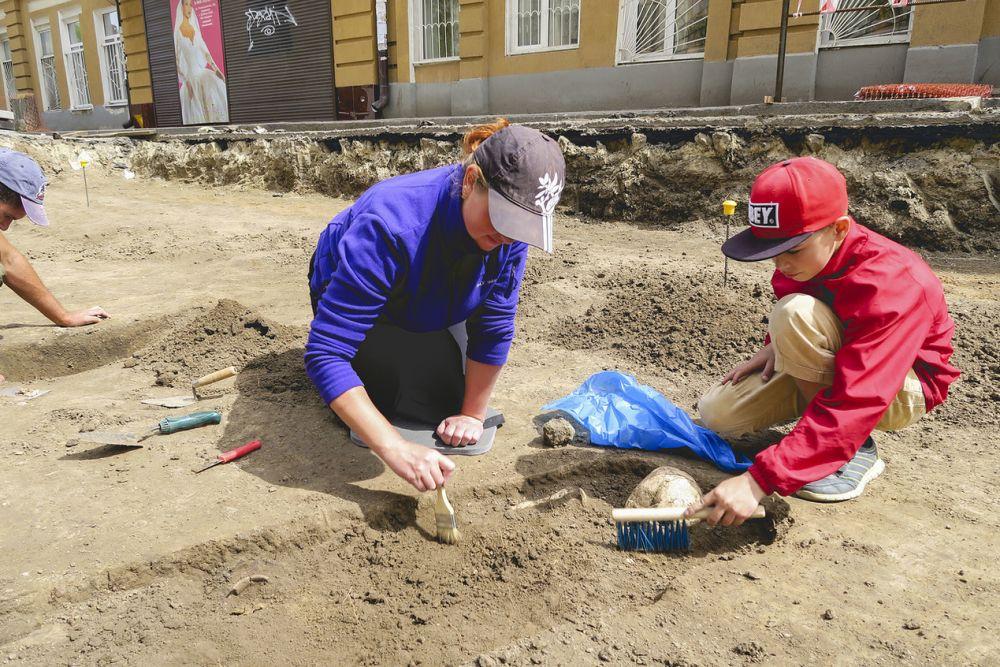 Некрополь Ростовского городища продолжает открывать свои тайны исследователям.