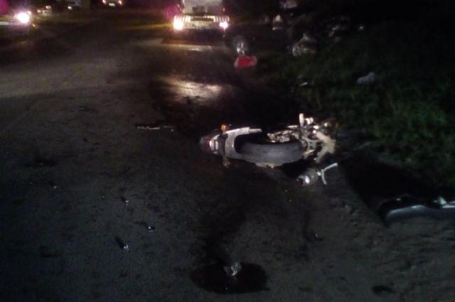 Под Балтийском «Форд» врезался вмотоциклиста: умер  человек