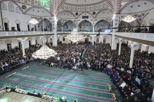 Совет алимов Дагестана определил дату начала месяца Рамазан