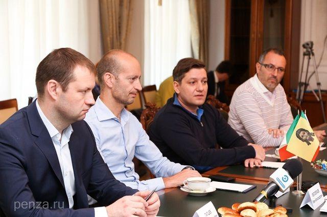 В Губернаторском доме прошли переговоры с главой региона.