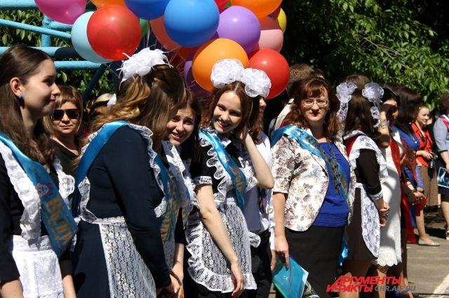 Нарушений во время празднования «последнего звонка» в Тюмени не выявлено