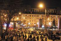 Благодаря надёжному поставщику электроэнергии в тёмное время суток улицы города освещены.