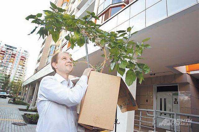 Переехать семье Станислава Моложина помогла управа - всем выделяли машину, чтобы перевезти вещи.