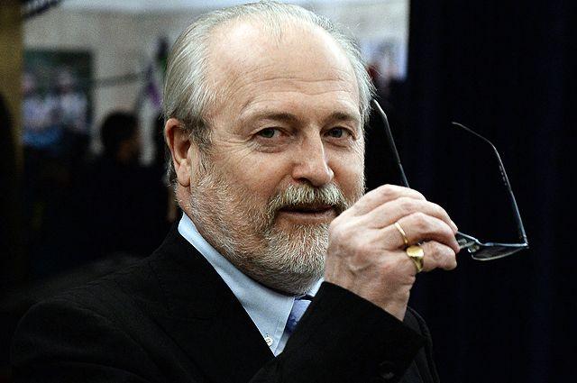 Владимир Хотиненко: революцию не раной надо считать, а операционным швом