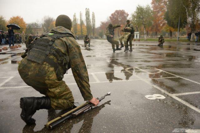 Продолжается призывная компания на военную службу.