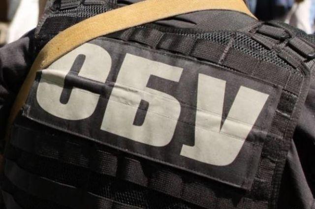 Сотрудники СБУ задержали двух полицейских