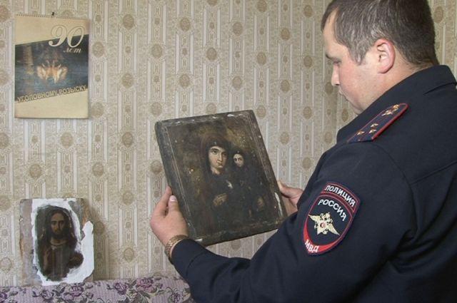 Подозреваемых вкраже икон задержали вБрянской области