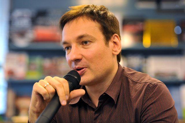 Павел Санаев.