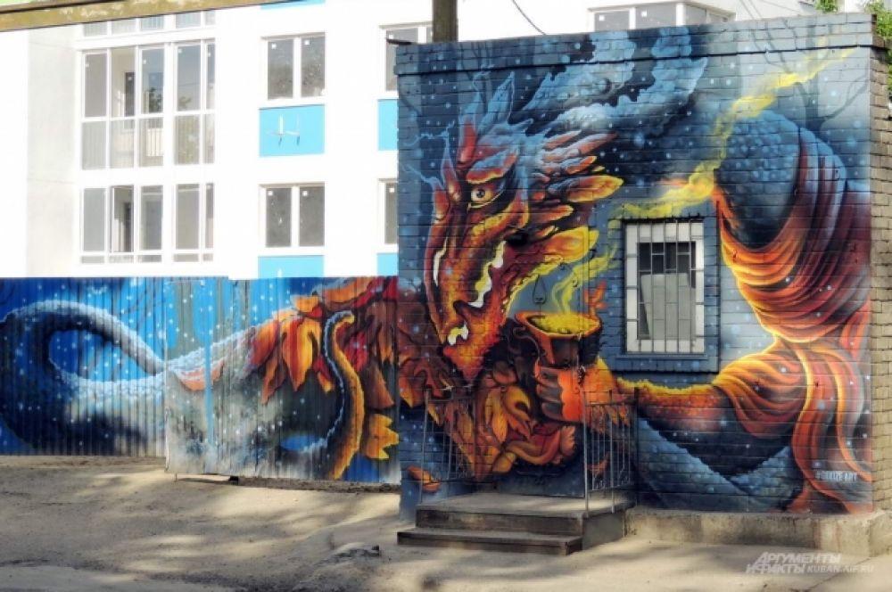 Стараниями того же Георгия Куринова невзрачное ограждение стройплощадки по улице Шоссе нефтяников стало холстом для целой серии ярких работ в стиле стрит-арт.