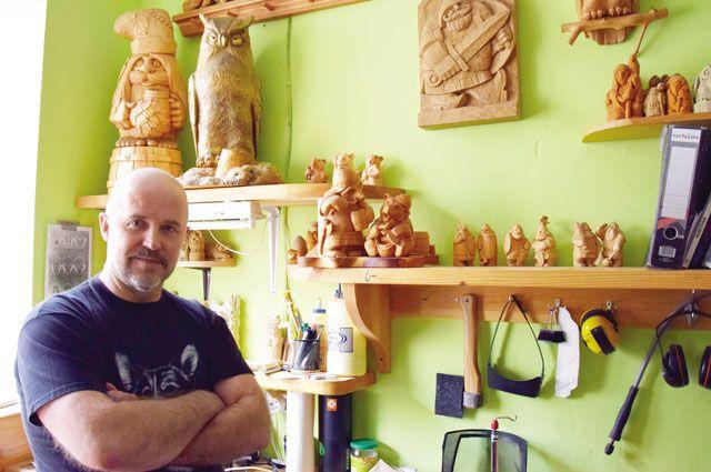 Валерий Киселёв считает, что нужны центры, где мастера общались бы друг с другом, а люди приходили бы на мастер-классы и экскурсии.