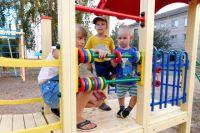 Ответственность за безопасность игровой площадки несёт управление жилищным фондом.