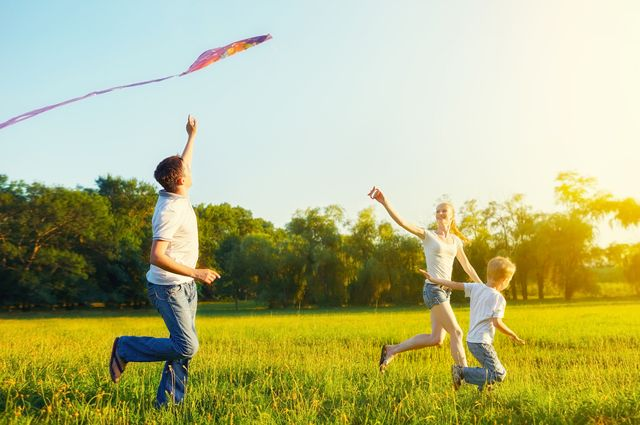 Как весело провести лето с ребёнком в деревне или на даче?