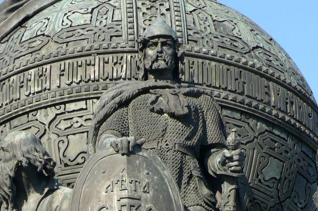 Что такое «Аллея правителей» и чьи бюсты там установят?