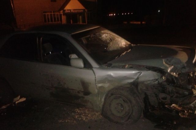 Известно, что школьник взял автомобиль с ведома родителей.