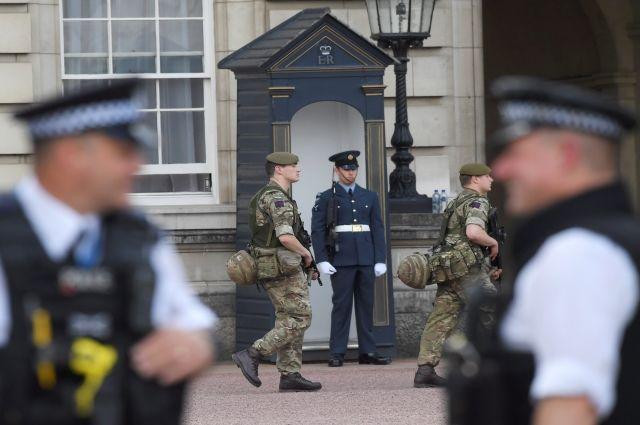Правоохранители проводят обыски по одному из адресов в Манчестере