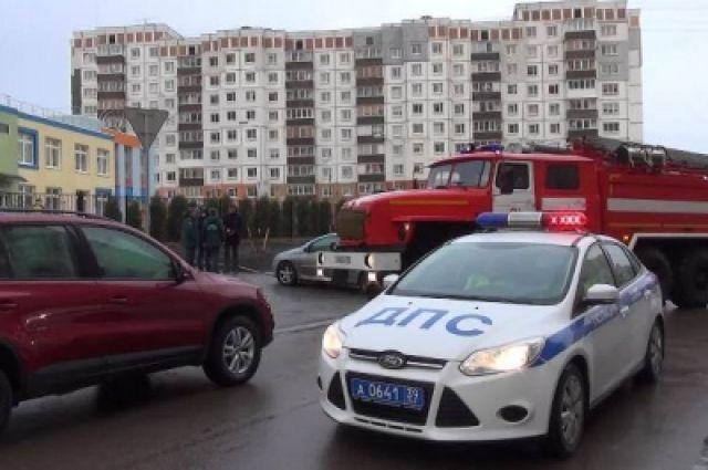 Наплатной стоянке вЧелябинске сгорели 5 машин