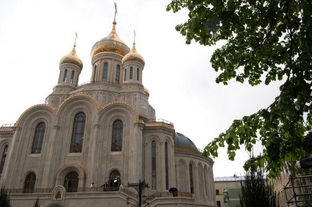 Храм Воскресения Христова в Сретенском монастыре Москвы. Справка