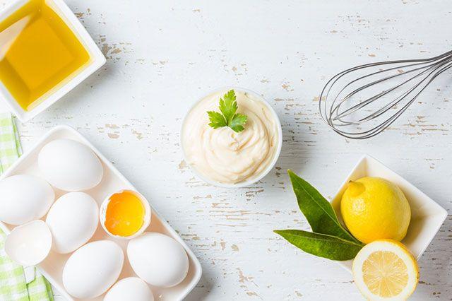 Масло для жарки и никакой сальмонеллы. Как сделать домашний майонез