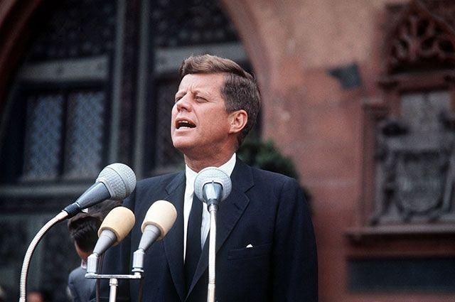 35-й президент. Жизнь Джона Кеннеди в фотографиях