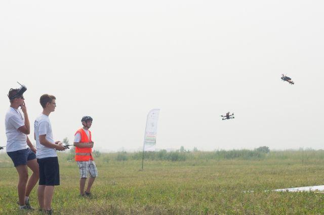 Юные тюменцы научатся управлять дронами