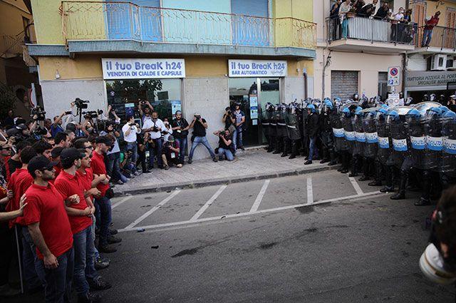 Разгон акции протеста против саммита G7 на Сицилии