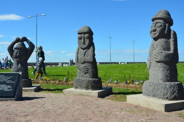 Символизирующие счастье корейские статуи извулканической лавы установят впарке Петербурга