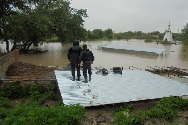 В МЧС опровергли угрозу прорыва дамбы из-за паводка на Ставрополье