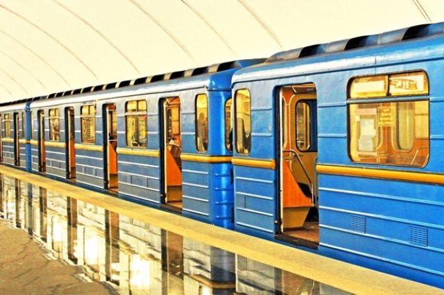 Вкиевском метрополитене умер зацепер