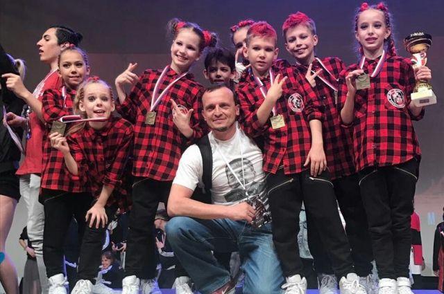 Красноярские молодые танцоры стали победителями вевропейском состязании похип-хопу