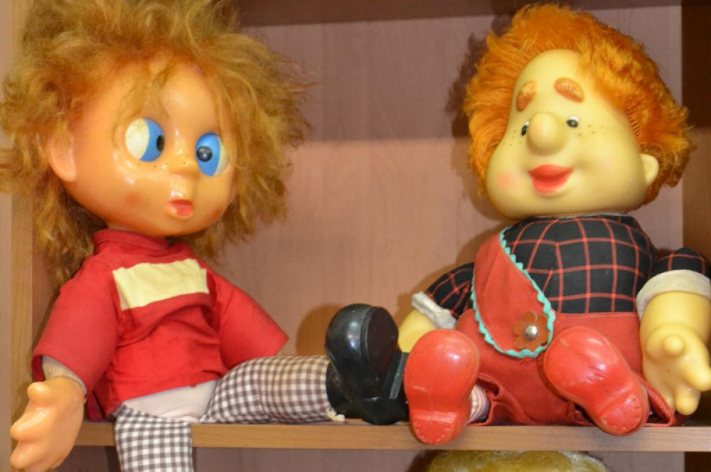 Коллекция началась с нескольких кукол советского периода.