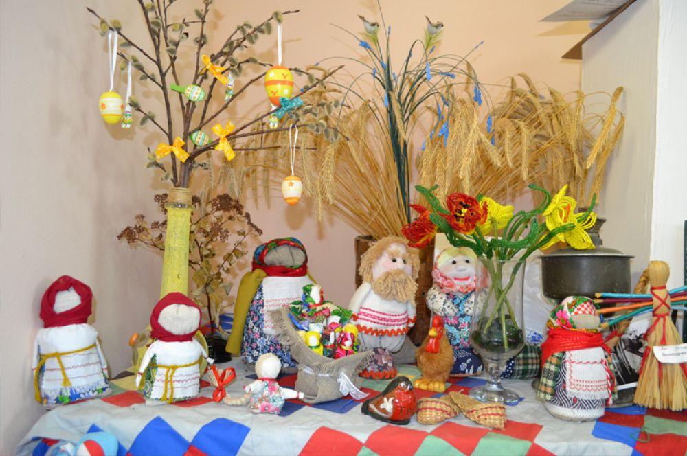 Во всех праздниках кукла была если не главным действующим лицом, то постоянным и непосредственным участником