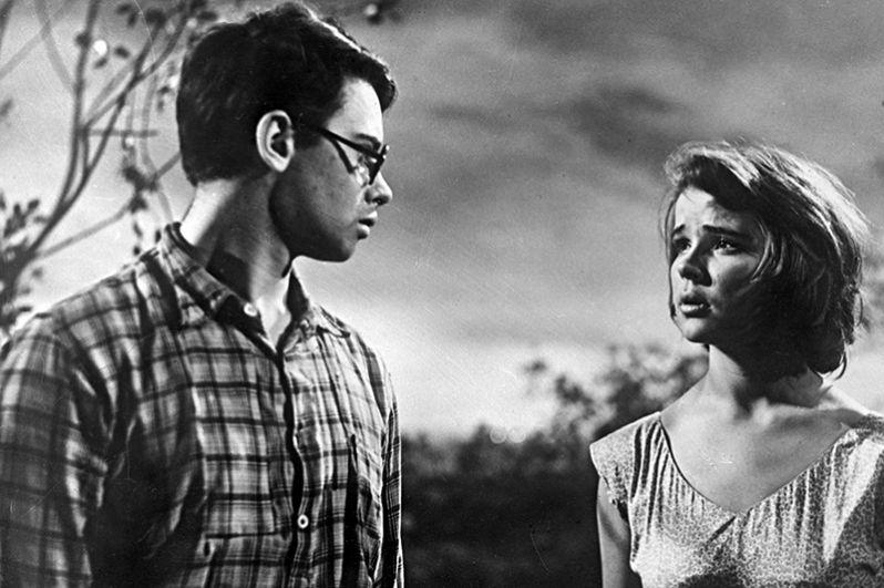 Фильм «Все начинается с дороги». Гена – актёр Александр Демьяненко, Надя – актриса Тамара Сёмина. 1960 год.