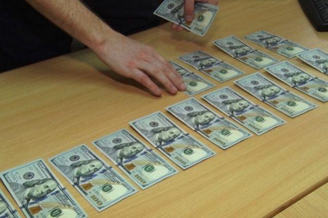 У подозреваемого была изъята часть похищенных денег.